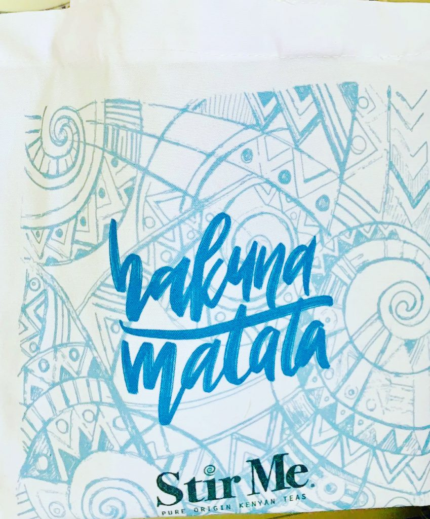 Stir Me Tea Natural Fabric Mini Shopping Bag saying Hakuna Matata